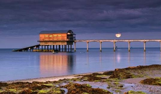 Appley Beach, Ryde, image courtesy of Visit Isle of Wight